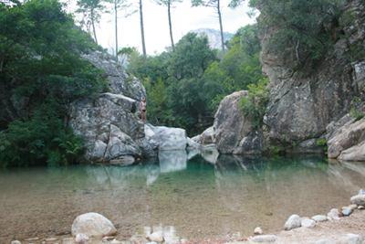 Badegumpe auf Korsika